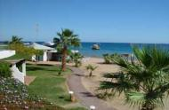 Hotel Lotus Bay Resort